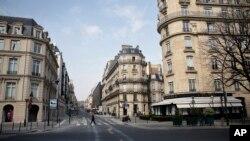 巴黎的空曠街道。 (2020年3月20日)