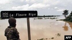 Lũ lụt đang gây thêm cơ khổ tại Niger, nơi đã trải qua một vụ hạn hán nghiêm trọng trước khi mưa tới