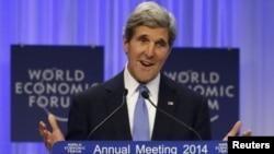Menteri Luar Negeri AS, John Kerry menyerukan perdamaian Israel-Palestina dalam pidato di Davos, Swiss (24/1).