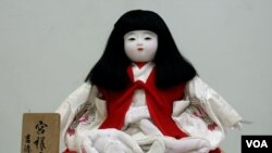 'جاپانی گڑیاں، دعا اور اظہار محبت کا دلکش روپ'