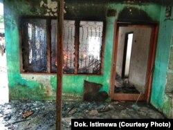 Rumah yang berfungsi ganda sebagi pabrik korek api gas yang terbakar di Langkat (dok. Istimewa)