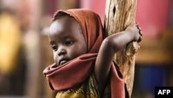 Nếu cộng đồng quốc tế không cung cấp trợ giúp, hàng trăm ngàn người Somalia, phần lớn là trẻ em, sẽ bị thiệt mạng