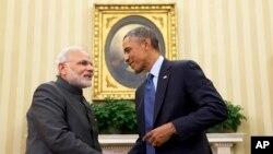 Le président Barack Obama (à dr.), recevant Narendra Modi à la Maison-Blanche (AP)