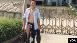 廣西律師吳良述在法院內被法警毆打後慘況(參與網圖片)