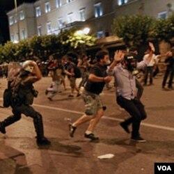 Mnogi Grci imigrante okrivljuju za sve veći kriminal I nezaposlenost