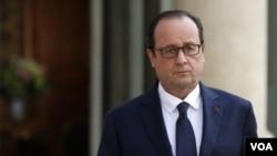 ປະທານາທິບໍດີຝຣັ່ງ ທ່ານ Francois Hollande ກ່າວວ່າ ຖ້ຽວບິນ AH5017 ຂອງສາຍການບິນອາລຈີເຣຍ ທີ່ຕົກ ຢູ່ປະເທດມາລີ ບໍ່ພົບເຫັນຜູ້ລອດຊີວິດ.