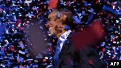 Tổng thống Obama sau khi đọc bài diễn văn chiến thắng tại Chicago, ngày 7/11/2012.