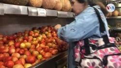 ¿Qué llevan los venezolanos en sus bolsas de mercado?