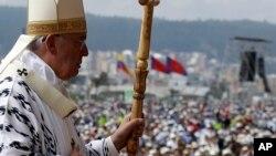 El Papa Francisco llegará a Bolivia proveniente de Ecuador, y permanecerá hasta el viernes, en ese país.