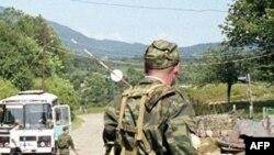 Российские солдаты покинули грузинское село Переви