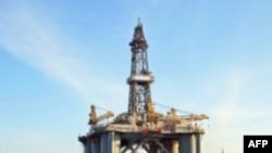 Chính phủ Hoa Kỳ đã ban hành một lệnh mới về việc tạm hoãn cho khoan dầu ở vùng nước sâu ngoài khơi