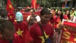 Sinh viên Việt Nam biểu tình chống Trung Quốc ở Philippines