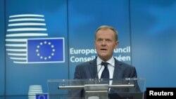 Дональд Туск, президент Європейської ради, закликав Іспанію уникати використання сили