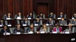 지난달 16일 북한과 캐나다 등 여러나라 경제 전문가들이 평양 양각도국제호텔에서 경제특구 개발에 관해 토론했다.