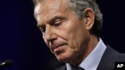 8일 마가렛 대처 영국 전 총리의 죽음을 애도하는 토니 블레어 전 영국 총리.