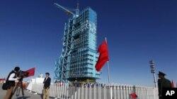 چین: اہم خلائی مشن کی روانگی کی تیاریاں مکمل