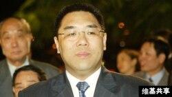 現任澳門特別行政區行政長官崔世安博士