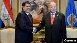 El presidente de Paraguay, Horacio Cartes, recibió al secretario general de la OEA, José Miguel Insulza, previo a la XLIV Asamblea General de la entidad hemisférica.