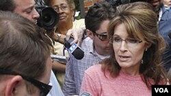 Sarah Palin alcanzó prominencia nacional en 2008 cuando fue elegida por McCain como candidata a la vicepresidencia.
