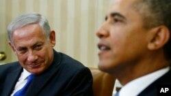 El presidente Barack Obama (der.), y su similar de Israel, Benajamin Netanyahu, sostuvieron un encuentro para conversar sobre la nueva actitud de Irán.