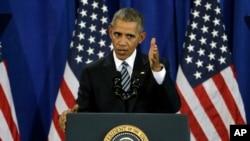 Presiden Amerika Serikat Barack Obama menyampaikan pidato terakhirnya mengenai keamanan nasional di Pangkalan Udara MacDill, Tampa, Florida, 6 Desember 2016 (AP Photo/Chris O'Meara).