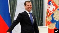 ນາຍົກລັດຖະມົນຕີ Dmitry Medvedev ແຫ່ງຣັດເຊຍ ທີ່ຖືກແຕ່ງຕັ້ງໃຫ້ເປັນຫົວໜ້າ ພັກຣັດເຊຍສາມັກຄີ ຂອງລັດຖະບານ.
