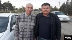 Jurnalist Solijon Abdurahmonov (chapda) huquq faoli Abdurahmon Tashanov bilan