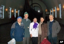 方励之(右一)与左起:苏晓康、林培瑞、李淑娴、李晓蓉在奥斯陆
