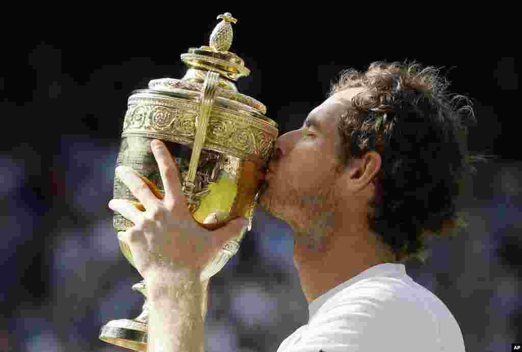 Endi Murri Londonda o'tgan tennis bo'yicha Uimbldon chempionati g'olibi bo'ldi.