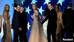Con trai và con dâu Tổng thống Donald Trump.