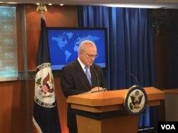 美国务院负责国际宗教自由的无任所大使萨珀斯坦 (美国之音莉雅拍摄)