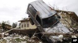 Više od stotinu poginulih u tornadu koji je razorio grad Joplin u Missouriju