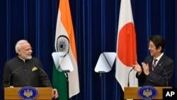 2016年11月11日日本東京印度總理莫迪和日本首相安倍晉三在記者會上