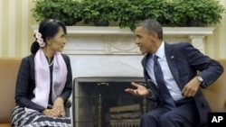 Aung San Suu Kyi dan Presiden AS, Barack Obama di Gedung Putih, Washington DC (19/9).