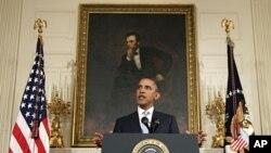 奥巴马总统8月8号在白宫发表讲话