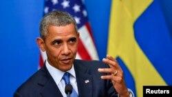 美國總統奧巴馬在斯德歌爾摩與瑞典首相賴因費爾特舉行記者會