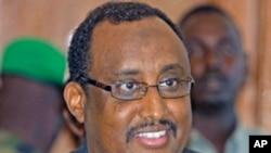 Somalia's Prime Minister Abdiweli Mohamed Ali addresses a news conference in the capital Mogadishu, June 23, 2011