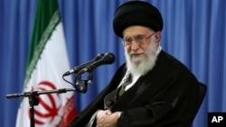 Аятолла Али Хаменеи (архивное фото)