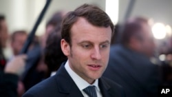法國法國經濟部長經濟部長伊曼紐爾-馬克宏 (資料照片)