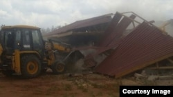 Harare City Council in action demolishing houses owned by some local people. (Photo: Courtesy - CHRA)