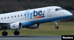 资料照:英国航空公司弗莱比(Flybe)在曼彻斯特机场起飞。(2020年1月13日)