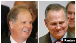 Kandida demokrat la, Dough Jones (agoch); epi kandida repibliken an, Roy Moore.