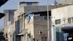 利比亞反政府武裝星期二在首都的黎波里市內發動攻擊