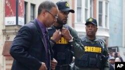 Policajac Sizar Gudson posle suđenja u Baltimoru
