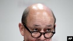 法国国防部长勒德里昂6月3日在新加坡