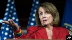 Nancy Pelosi, pemimpin faksi Demokrat di DPR AS mengecam pernyataan Trump (foto: dok).