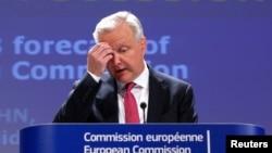 5月3日歐洲經濟和貨幣事務專員雷恩在布魯塞爾向歐州委員會預告歐盟成員國的春季經濟狀況和前景