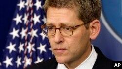 白宫新闻秘书卡尼说美国考虑向叙利亚反政府力量扩大非杀伤性物资援助