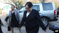 FILE: Okhokhela iZimbabwe Electoral Commission uJustice Priscilla Chigumba kakhulumi ngokuvota kwabadabuka eZimbabwe abahlala kwamanye amazwe abafisa ukuba bavote besemazweni abahlala khona.