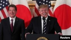 特朗普5月25日在东京会晤日本一些主要公司主管